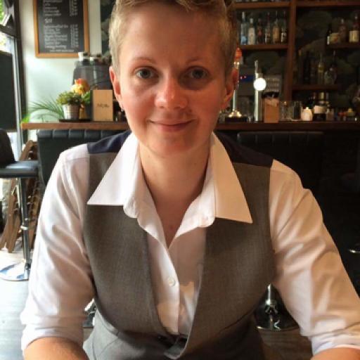Helen Binge avatar